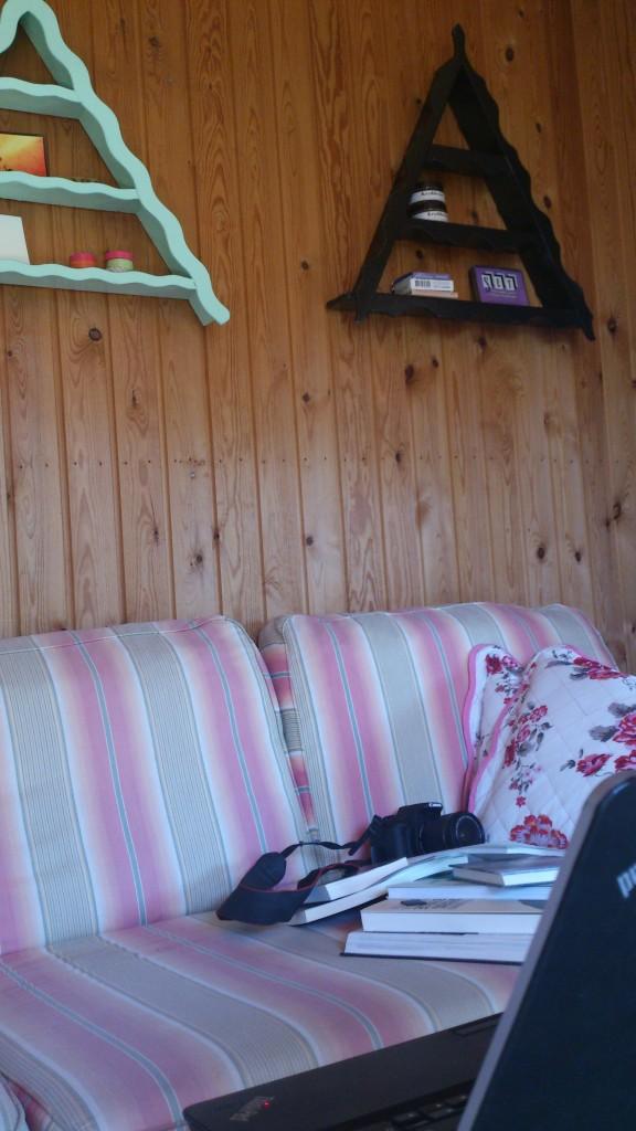 Kolonihavehus sofa